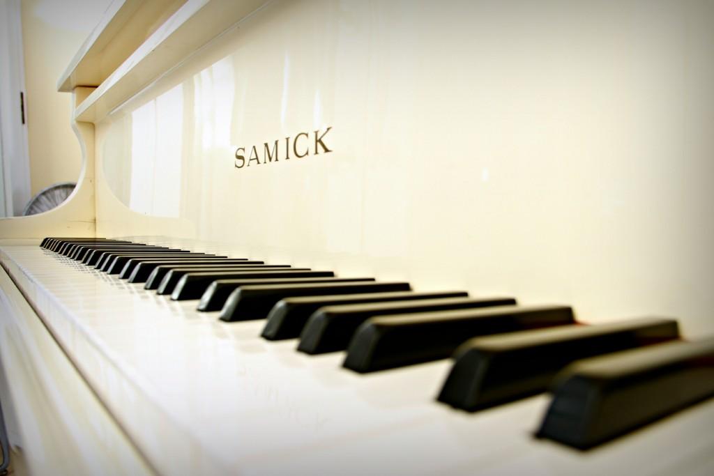 Piano_Silks