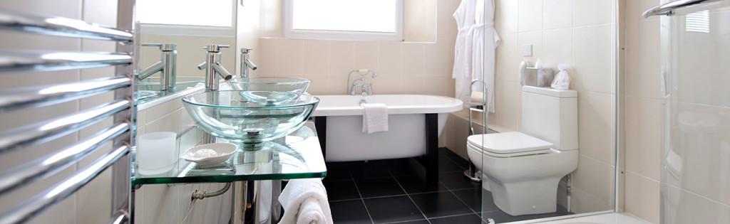 Sea-View-Suite-Bathroom